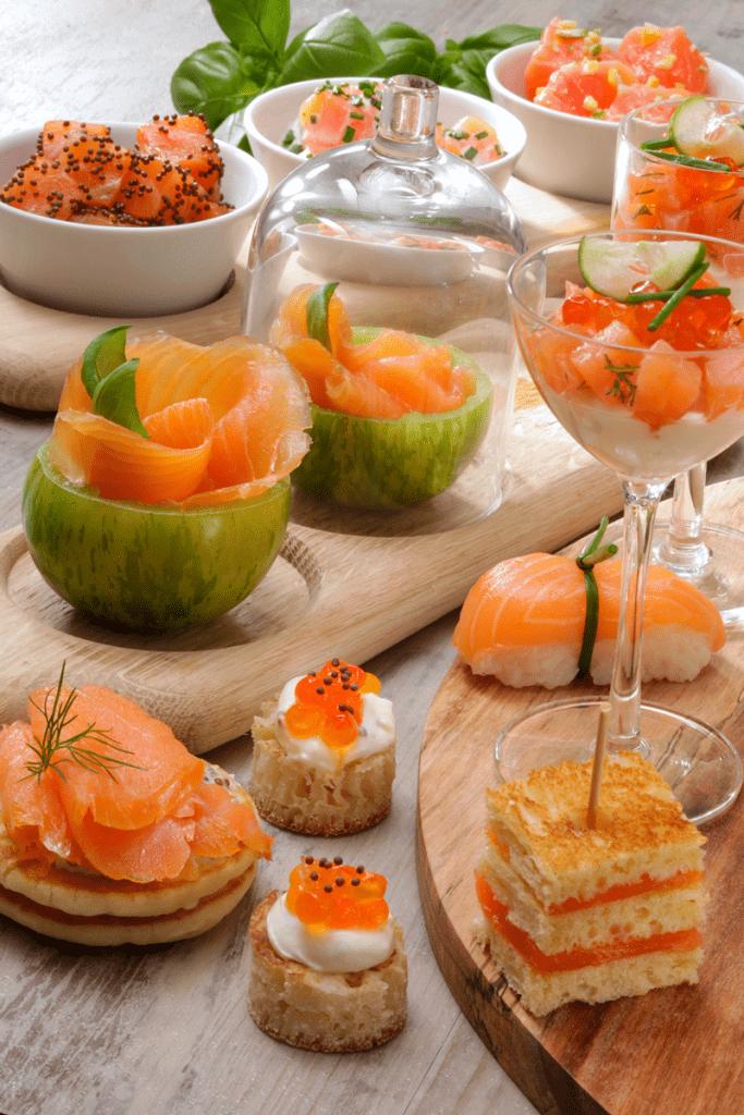 avec-du-saumon-fume-un-joyeux-apero-a-partager-et-adocom-ph